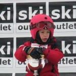 Kis bajnok piros sisakhuzatban