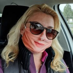 fehér női arcmaszk